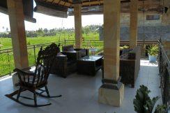 north-bali-lovina-town-villa-balcony