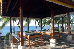 bali-beachfront-hotel-resort-for-sale-massage
