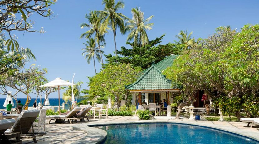 bali-beachfront-hotel-resort-for-sale-oceanfront-pool