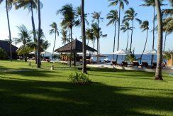 bali-beachfront-hotel-resort-for-sale-pool-bar