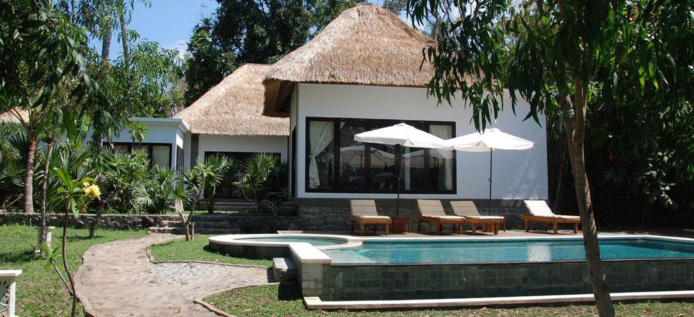 Bali beachfront villa for sale NE-V009