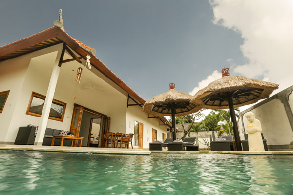 bali-lovina-riverside-villa-sale-pool2