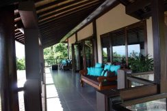 bali-lovina-villa-with-sea-view-for-sale-balcony