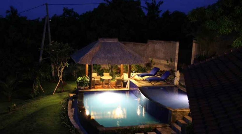 bali-lovina-villa-with-sea-view-for-sale-bale