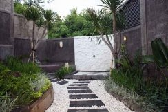 bali-lovina-villa-with-sea-view-for-sale-outdoor-bathroom