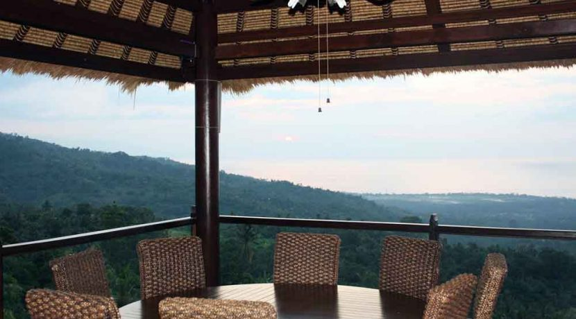 bali-lovina-villa-with-sea-view-for-sale-outdoor-dining