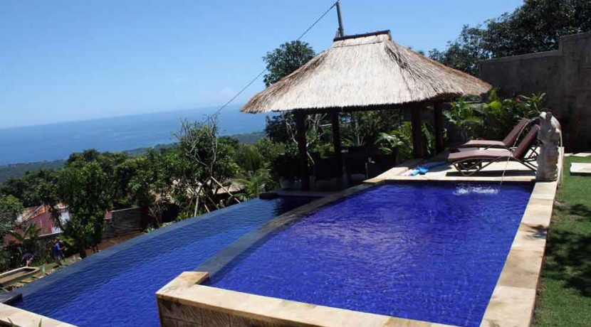 bali-lovina-villa-with-sea-view-for-sale-pool