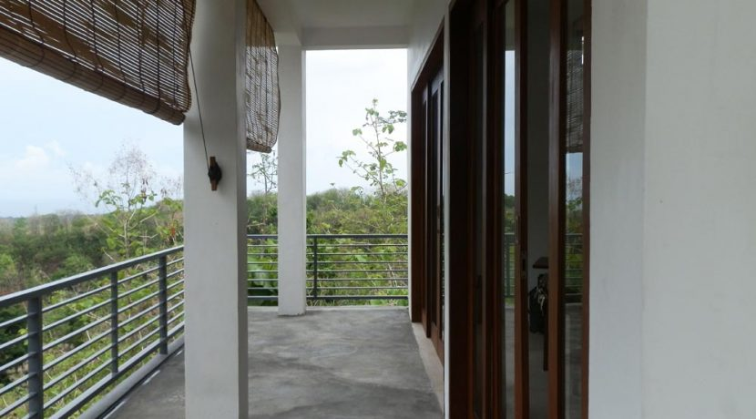 bali_lovina_villa_for_sale_balcony