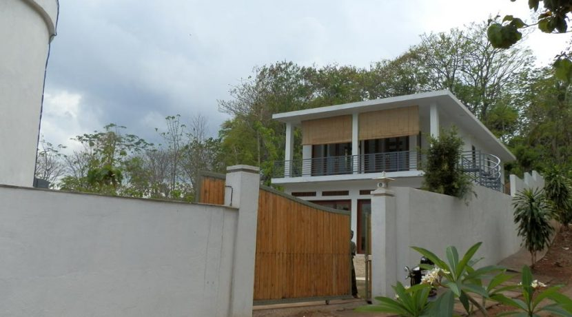 bali_lovina_villa_for_sale_house_view