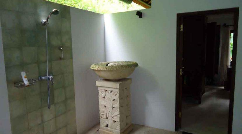 north east bali beach villa for sale guesthouse bathroom