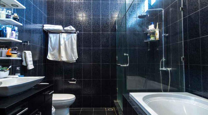 bali lovina house for sale bathroom