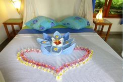 hotel for sale lovina bali bed-deco