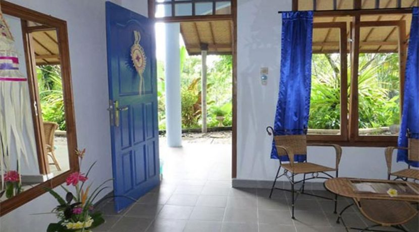 hotel for sale lovina bali bungalow room