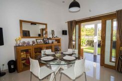 bali lovina house for sale dining