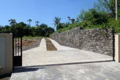 east-bali-beachfront-villa-sale-access-road