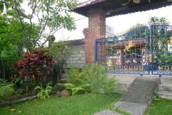 hotel for sale lovina bali entrance gate