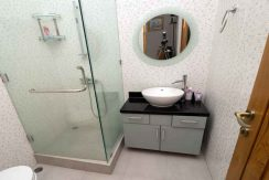 bali lovina house for sale guest-bathroom