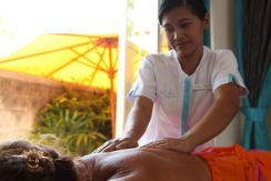 north-bali-lovina-beachfront-villa-for-sale massage