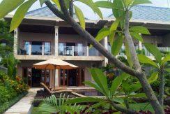 north-bali-lovina-beachfront-villa-for-sale-bedrooms