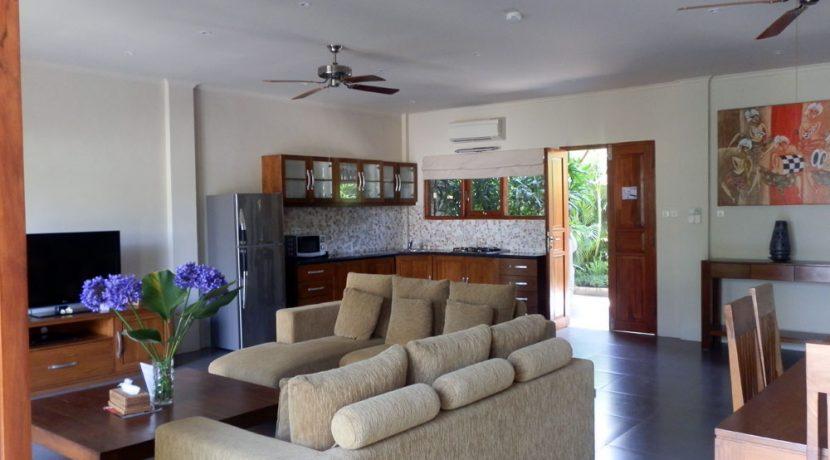 north-bali-lovina-beachfront-villa-for-sale-kitchen