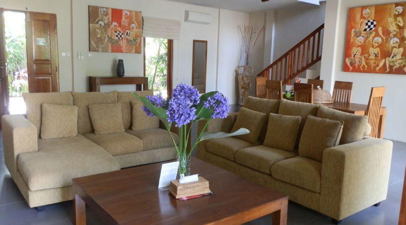 north-bali-lovina-beachfront-villa-for-sale-living
