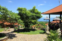 north-bali-lovina-hotel-resort-for-sale-entree