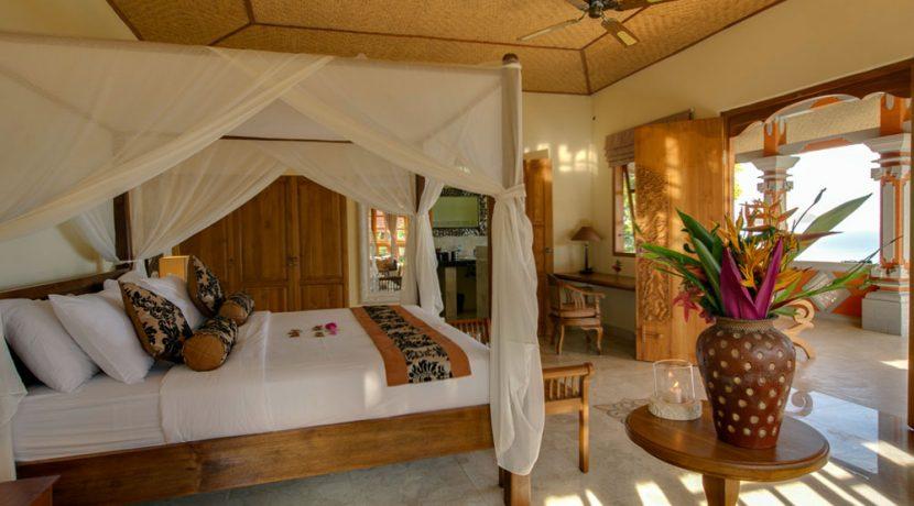 north-bali-lovina-hotel-resort-for-sale-villa-bedroom