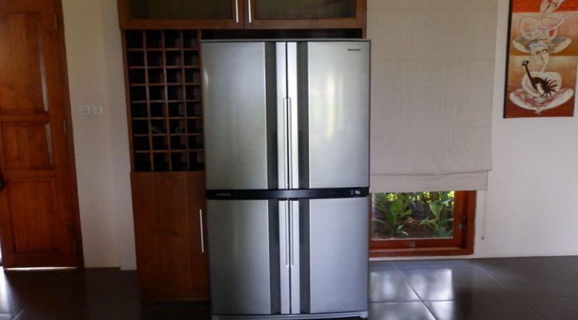 north-bali-lovina-resort-villa-for-sale-fridge