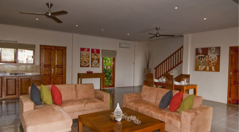 north-bali-lovina-resort-villa-for-sale-living-area