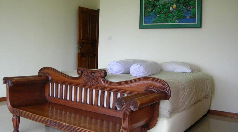 north-bali-lovina-villa-sale-bedroom