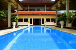 north-bali-seafront-villa-for-sale-pool