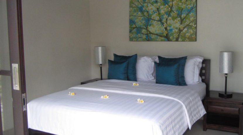 north-east-bali-beachfront-villa-sale-bedroom