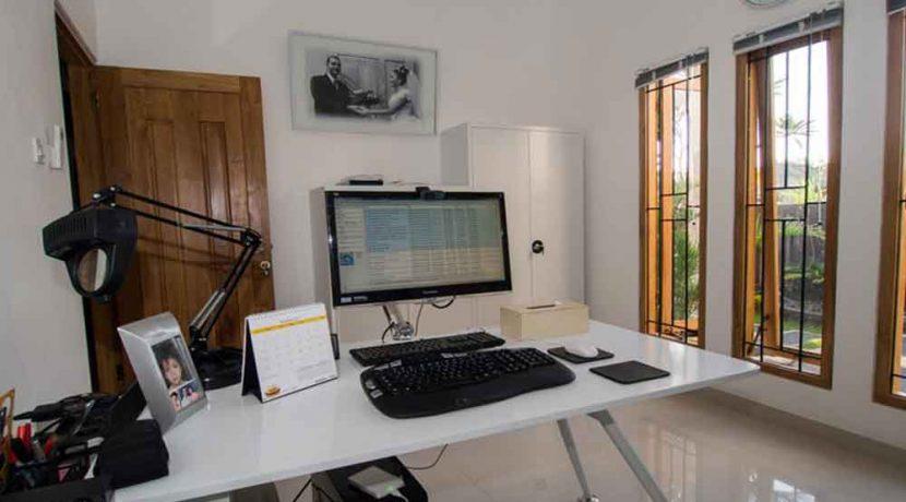bali lovina house for sale office