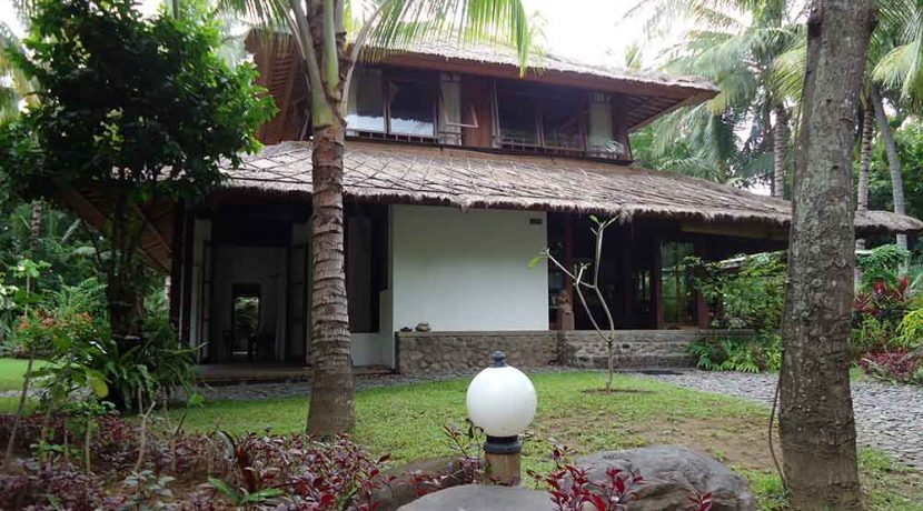 north east bali beach villa for sale master guest side-view