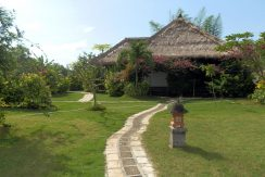 west-bali-hotel-resort-for-sale-garden