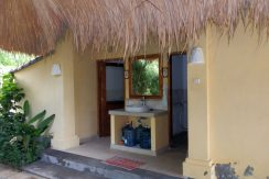 west-bali-hotel-resort-for-sale-guest-toilet