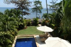 north-bali-lovina-beachfront-villa-for-sale