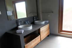 bali-hotel-for-sale-bathroom