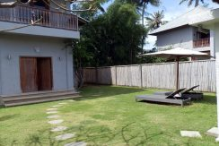 bali-hotel-for-sale-sun-loungers