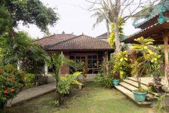bali-lovina-beach-villa-sales-guesthouse