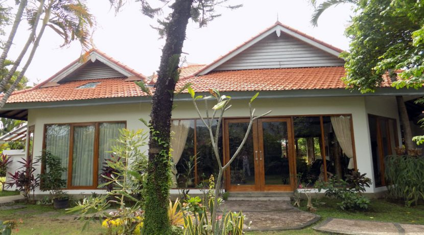 bali-lovina-beach-villa-sales-main-house