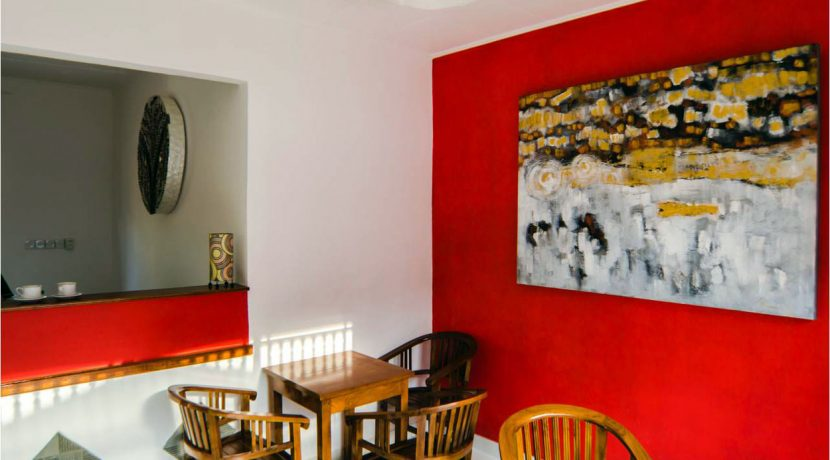 bali-lovina-town-villa-for-sale-dining