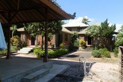 bali-yoga-retreat-resort-sale-bungalows