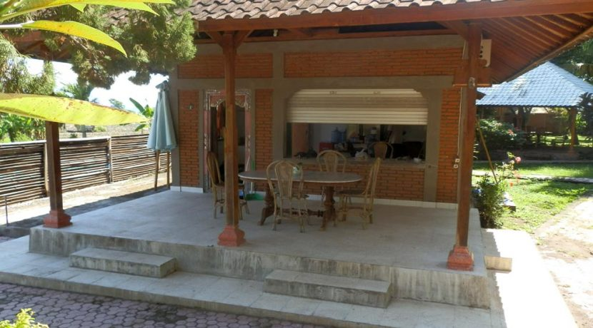 bali-yoga-retreat-resort-sale-restaurant-kitchen