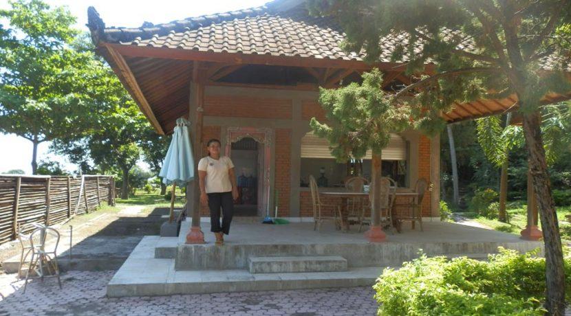 bali-yoga-retreat-resort-sale-restaurant-terrace