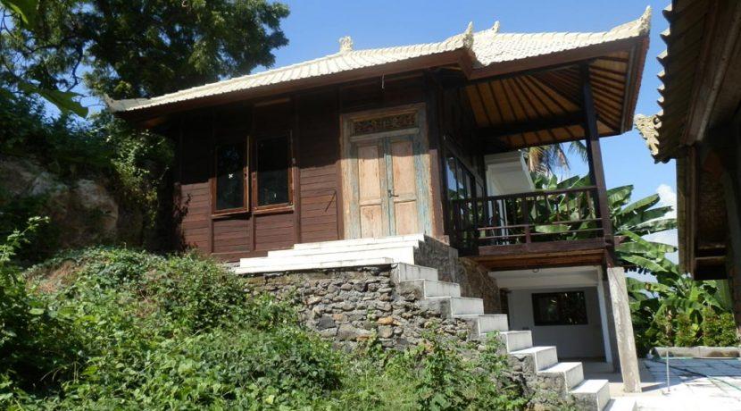 bali-yoga-retreat-resort-sale-villa-entree