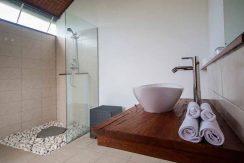 west-bali-beach-villa-sale-bathroom