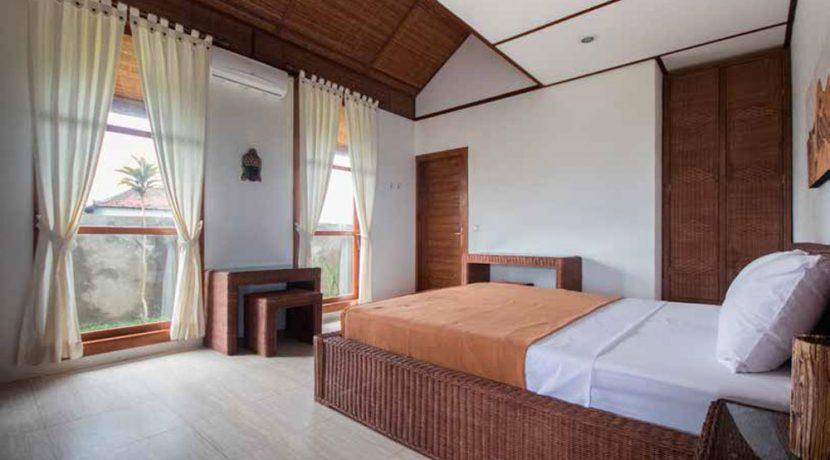 west-bali-beach-villa-sale-bedroom