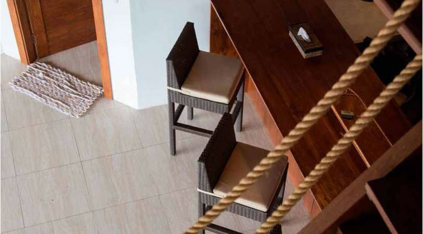 west-bali-beach-villa-sale-desk