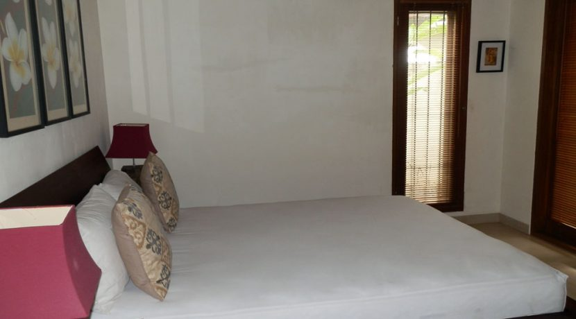 bali-sea-view-villa-sale-bed